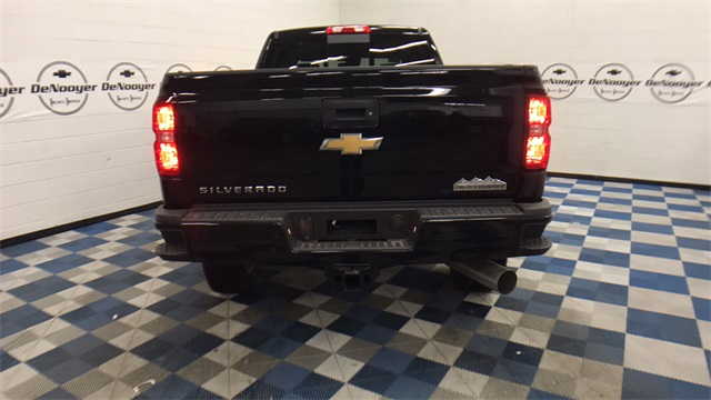 2017 Silverado 2500 Crew Cab 4x4, Pickup #T171176 - photo 24