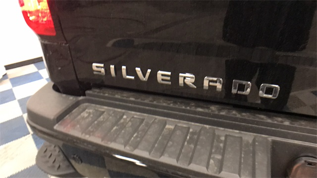 2017 Silverado 2500 Crew Cab 4x4, Pickup #T171176 - photo 25