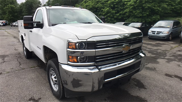 2017 Silverado 2500 Regular Cab 4x4, Service Body #T171180 - photo 4