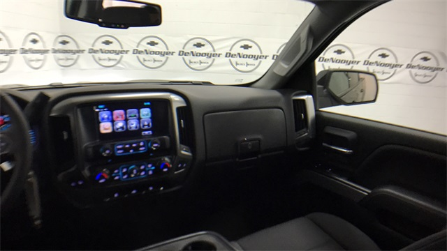 2017 Silverado 1500 Crew Cab 4x4, Pickup #T171264 - photo 19