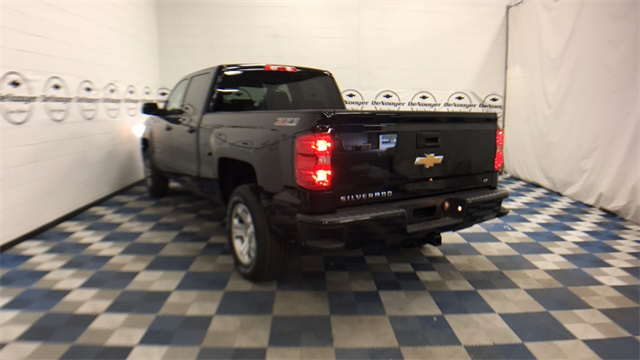 2017 Silverado 1500 Crew Cab 4x4, Pickup #T171264 - photo 21