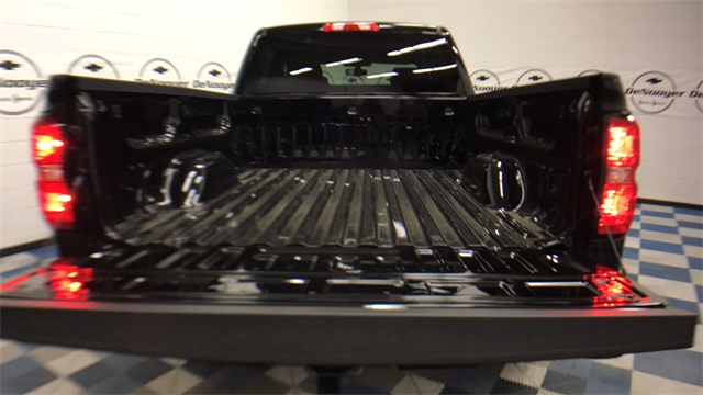 2017 Silverado 1500 Crew Cab 4x4, Pickup #T171264 - photo 26