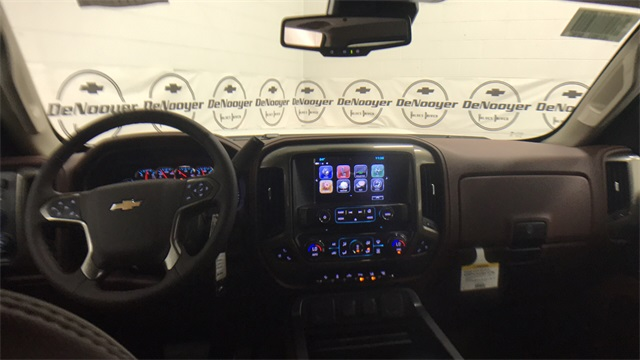 2017 Silverado 2500 Crew Cab 4x4, Pickup #T171283 - photo 20