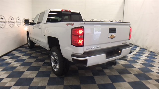 2017 Silverado 2500 Crew Cab 4x4, Pickup #T171283 - photo 23