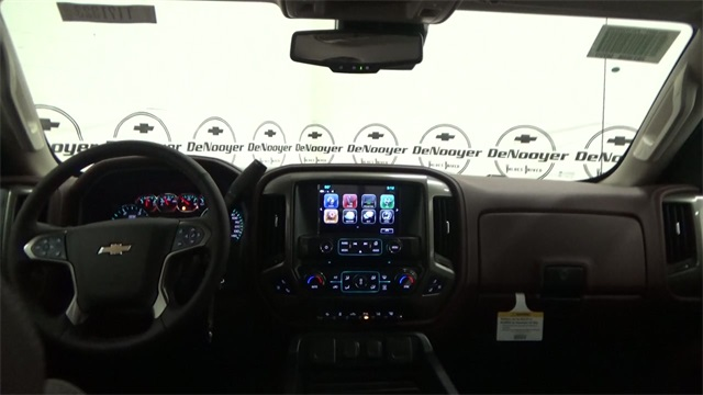 2017 Silverado 2500 Crew Cab 4x4, Pickup #T171323 - photo 13