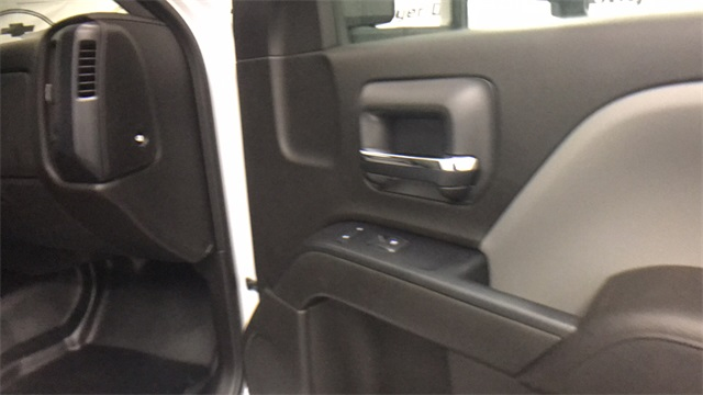 2017 Silverado 2500 Regular Cab 4x4, Service Body #T171372 - photo 24