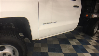 2017 Silverado 3500 Regular Cab 4x4 Cab Chassis #T171387 - photo 8