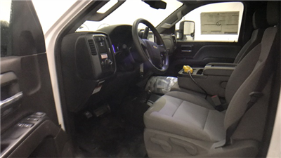 2017 Silverado 3500 Regular Cab 4x4 Cab Chassis #T171387 - photo 11