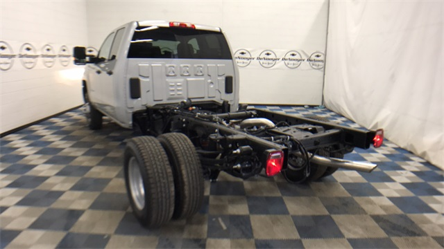 2017 Silverado 3500 Double Cab Cab Chassis #T171401 - photo 14