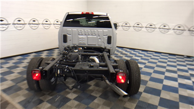 2017 Silverado 3500 Double Cab Cab Chassis #T171401 - photo 15