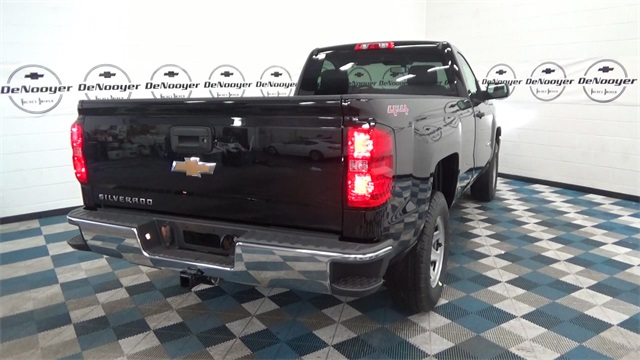 2017 Silverado 1500 Regular Cab 4x4 Pickup #T171585 - photo 2