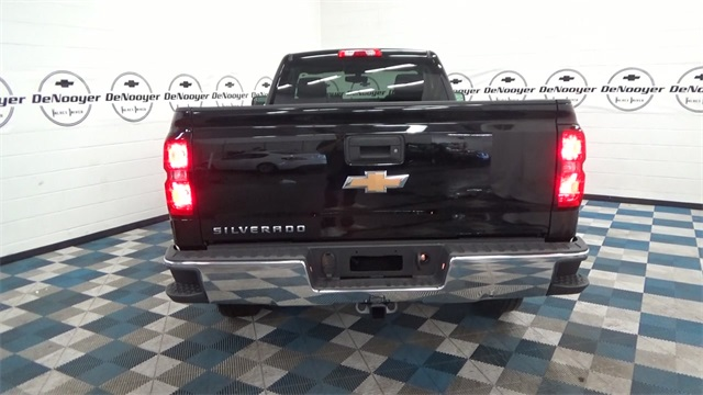 2017 Silverado 1500 Regular Cab 4x4 Pickup #T171585 - photo 10