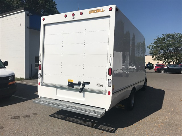 2017 Express 3500, Cutaway Van #T171661 - photo 8