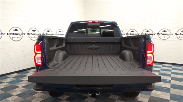 2018 Silverado 1500 Extended Cab 4x4 Pickup #T180162 - photo 7