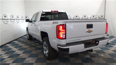 2018 Silverado 1500 Extended Cab 4x4 Pickup #T180167 - photo 25