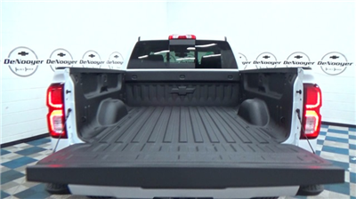 2018 Silverado 1500 Extended Cab 4x4 Pickup #T180167 - photo 11