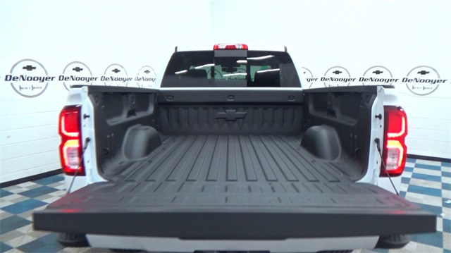 2018 Silverado 1500 Double Cab 4x4, Pickup #T180169 - photo 9