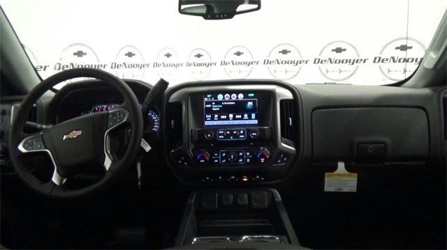 2018 Silverado 1500 Double Cab 4x4, Pickup #T180169 - photo 23