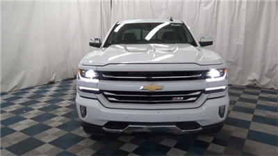 2018 Silverado 1500 Double Cab 4x4, Pickup #T180169 - photo 3