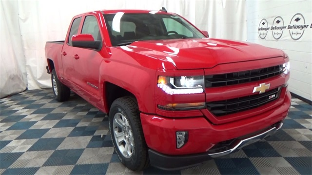 2018 Silverado 1500 Extended Cab 4x4 Pickup #T180172 - photo 1