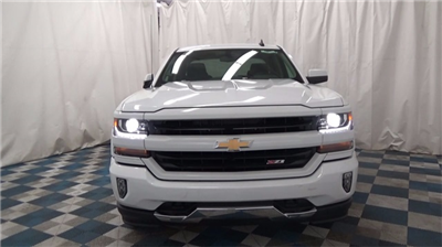2018 Silverado 1500 Extended Cab 4x4 Pickup #T180183 - photo 3