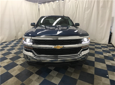 2018 Silverado 1500 Extended Cab 4x4 Pickup #T180190 - photo 3