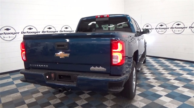 2018 Silverado 1500 Crew Cab 4x4, Pickup #T180208 - photo 8