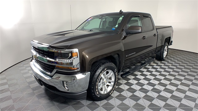 2018 Silverado 1500 Extended Cab 4x4 Pickup #T180228 - photo 4