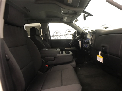2018 Silverado 1500 Extended Cab 4x4 Pickup #T180228 - photo 18