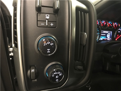 2018 Silverado 2500 Crew Cab 4x4 Pickup #T180234 - photo 12