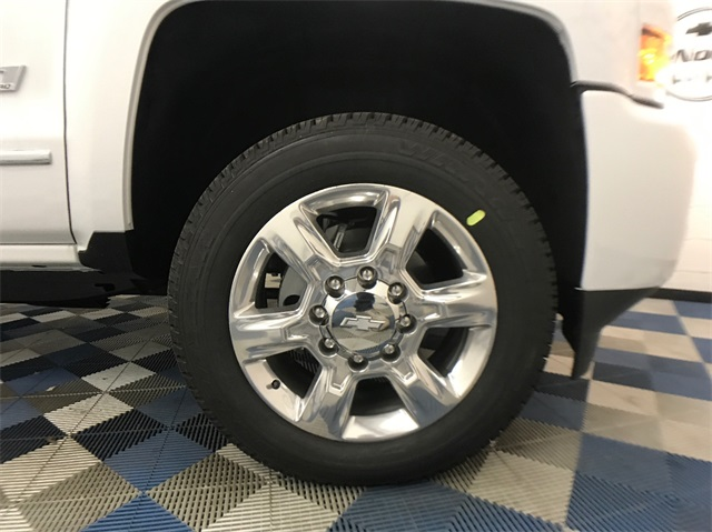 2018 Silverado 2500 Crew Cab 4x4, Pickup #T180235 - photo 11