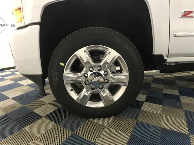 2018 Silverado 2500 Crew Cab 4x4, Pickup #T180235 - photo 6