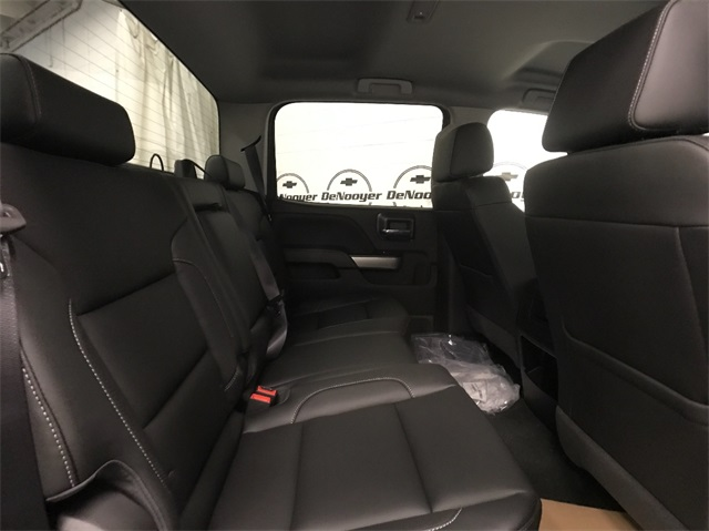 2018 Silverado 2500 Crew Cab 4x4, Pickup #T180240 - photo 22