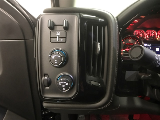 2018 Silverado 1500 Crew Cab 4x4, Pickup #T180272 - photo 21