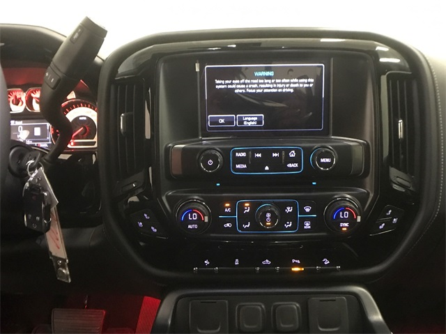 2018 Silverado 1500 Crew Cab 4x4, Pickup #T180272 - photo 25