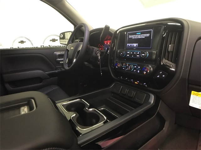 2018 Silverado 1500 Crew Cab 4x4, Pickup #T180272 - photo 35