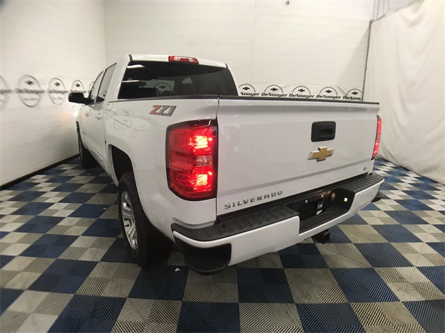 2018 Silverado 1500 Crew Cab 4x4 Pickup #T180273 - photo 2