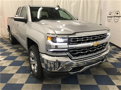 2018 Silverado 1500 Extended Cab 4x4 Pickup #T180331 - photo 3