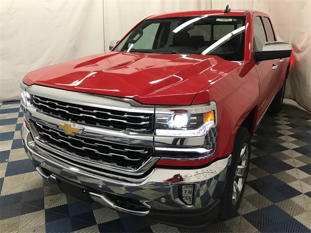 2018 Silverado 1500 Extended Cab 4x4 Pickup #T180362 - photo 1
