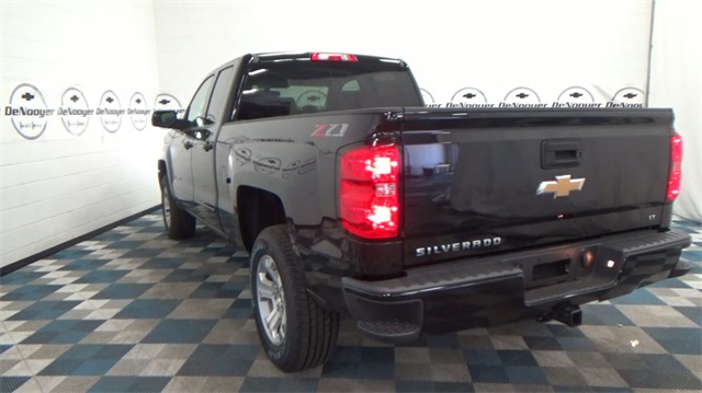 2018 Silverado 1500 Double Cab 4x4, Pickup #T180366 - photo 8