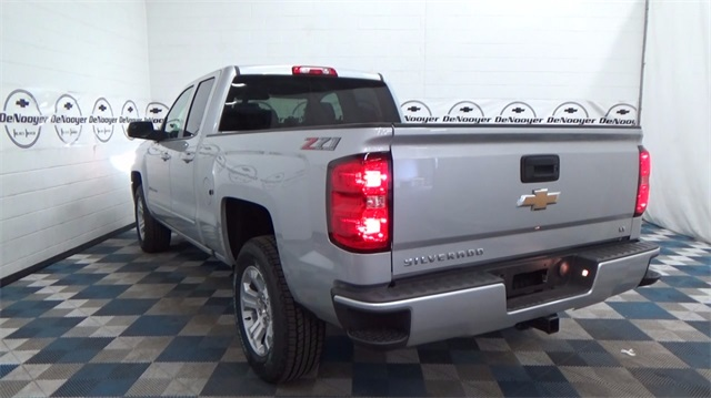 2018 Silverado 1500 Double Cab 4x4, Pickup #T180488 - photo 6