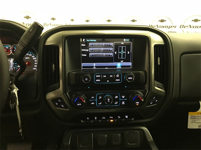 2018 Silverado 2500 Crew Cab 4x4 Pickup #T180511 - photo 15