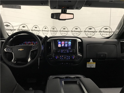 2018 Silverado 1500 Crew Cab 4x4, Pickup #T180522 - photo 17