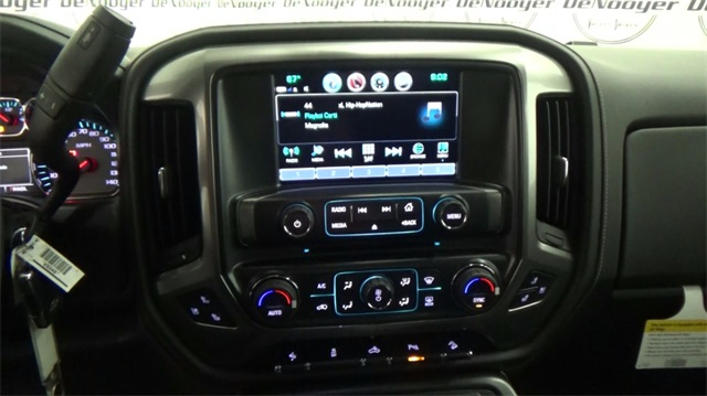 2018 Silverado 1500 Double Cab 4x4, Pickup #T180746 - photo 16