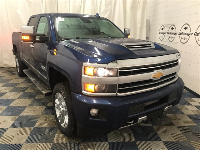 2018 Silverado 2500 Crew Cab 4x4,  Pickup #T180911 - photo 1