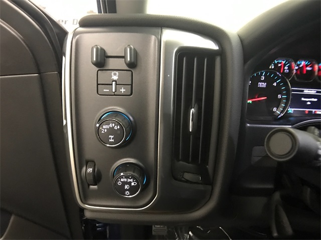 2018 Silverado 1500 Double Cab 4x4,  Pickup #T180949 - photo 11