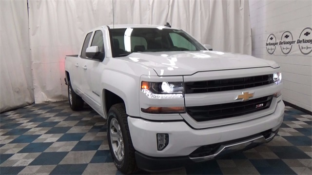 2018 Silverado 1500 Double Cab 4x4, Pickup #T181024 - photo 1