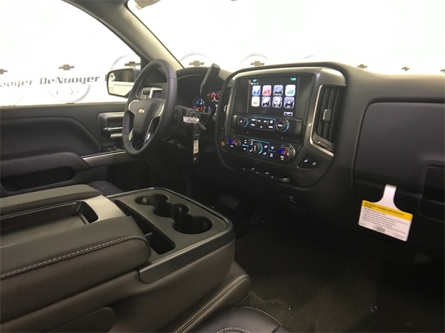 2018 Silverado 1500 Double Cab 4x4, Pickup #T181040 - photo 20