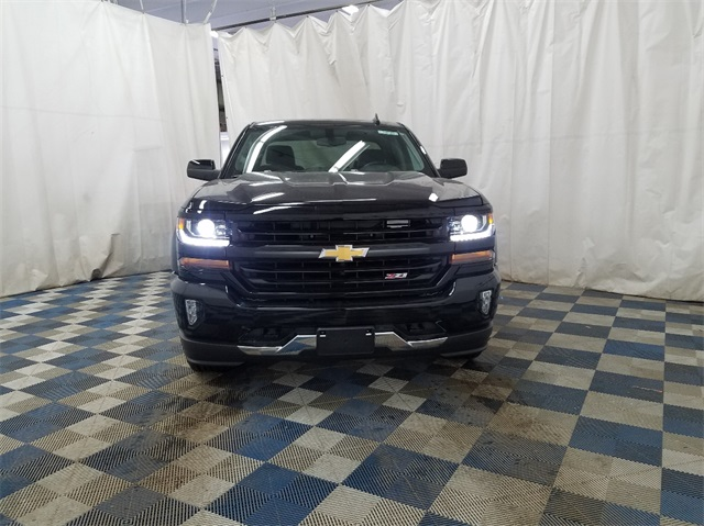 2018 Silverado 1500 Double Cab 4x4,  Pickup #T181060 - photo 3