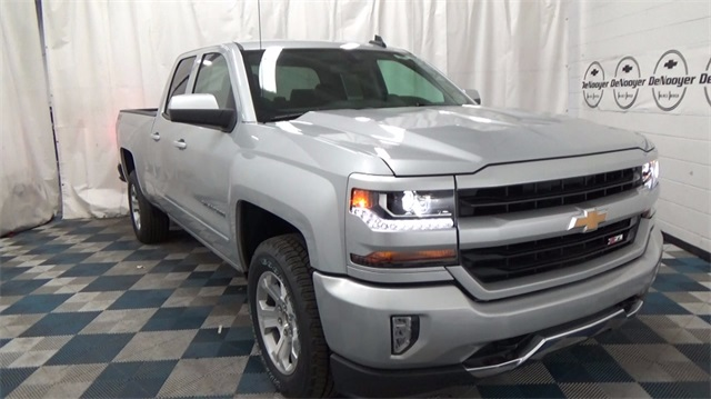 2018 Silverado 1500 Double Cab 4x4,  Pickup #T181066 - photo 1